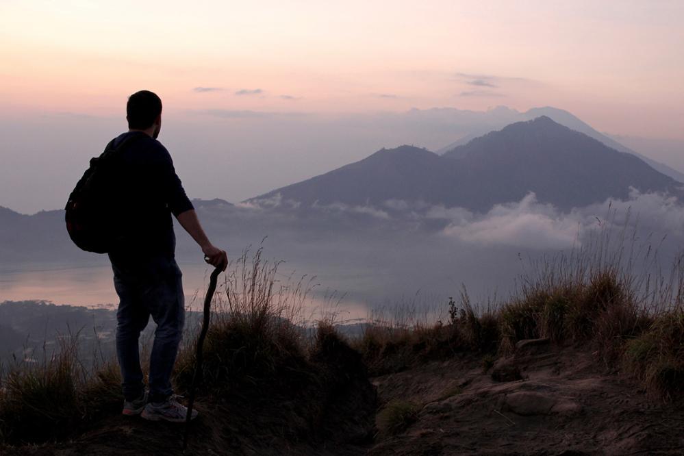 Quelle île choisir pour un trek en Indonésie ?