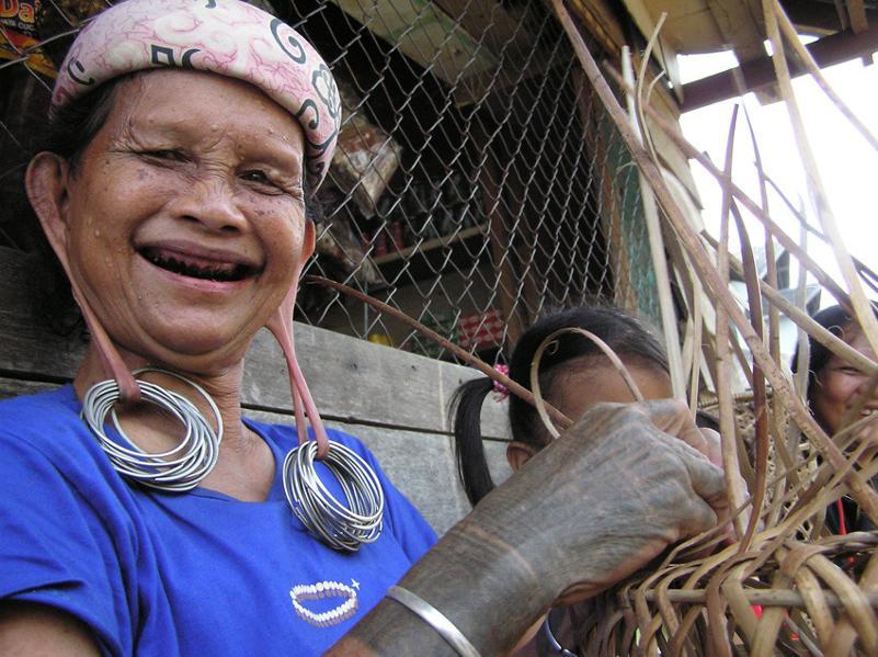 Voyage à la rencontre des minorités autochtones indonésiennes