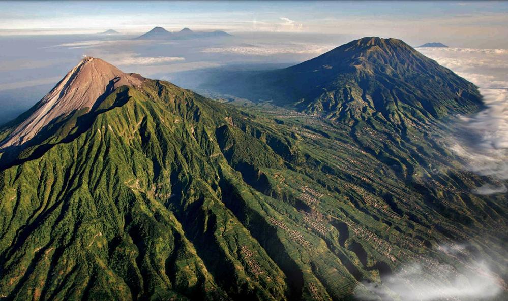 Les 10 Meilleurs Treks d'Indonésie